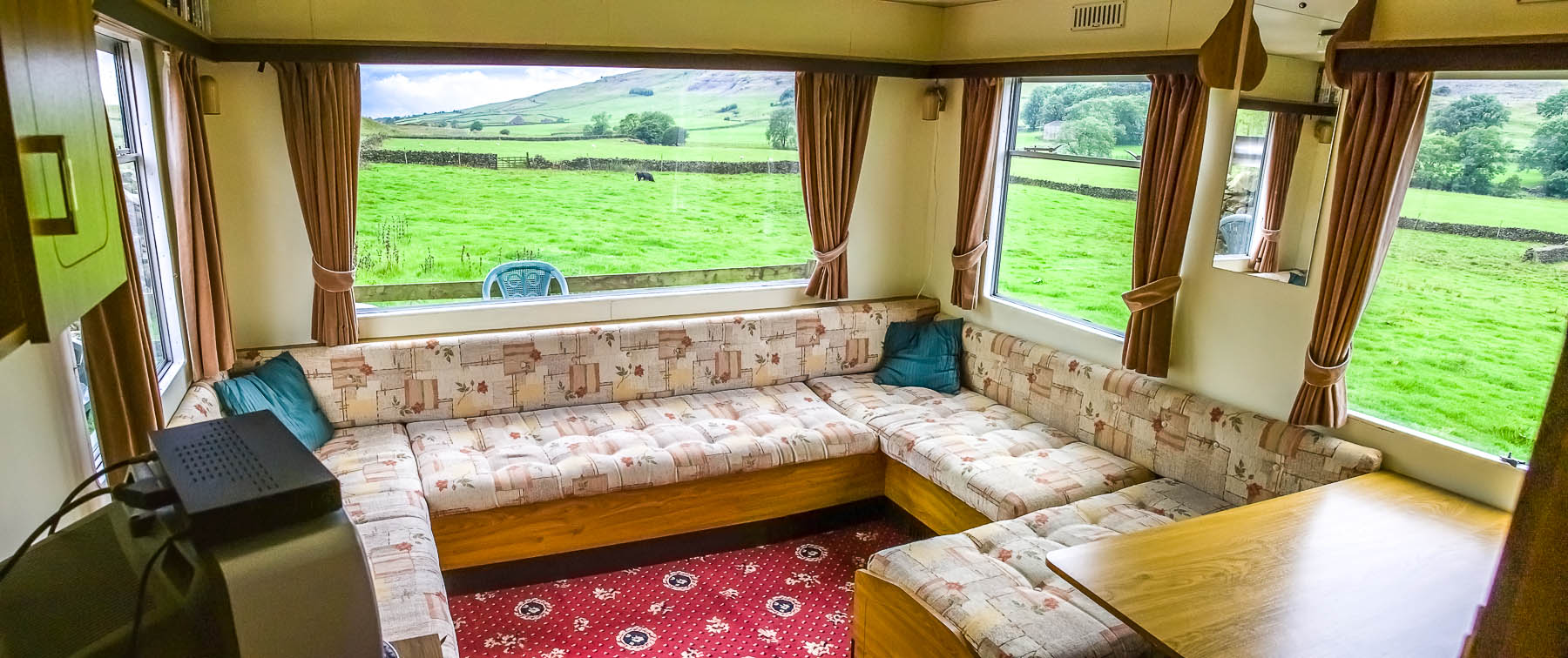 dale house farm caravan panorama